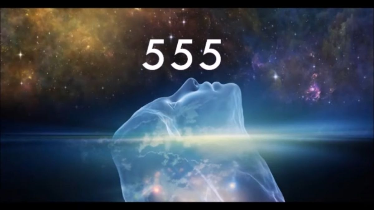Read more about the article Angle Number 555: Biblical and Spiritual Meaning