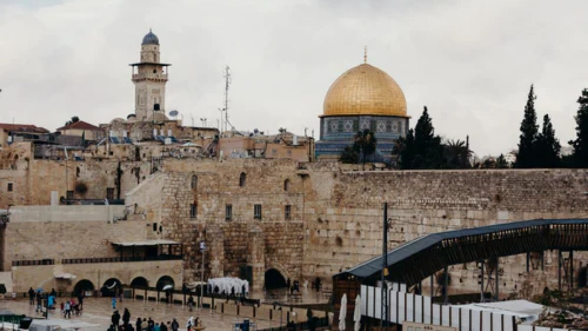 Read more about the article Gentiles Access To the Western Wall: Can You? All You Need To Know