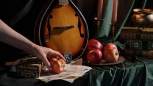 Read more about the article Apple Symbolism: All You Need To Know